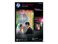 HP Premium Plus Photo Paper - Brillant - A4 (210 x 297 mm) - 300 g/m² - 50 feuille(s) papier photo - pour Envy 5055, 7645; Officejet 52XX, 76XX; PageWide MFP 377; PageWide Pro 452; Photosmart 5525