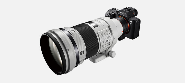 Focal-plane phase-detection AF supports A-mount lenses<sup>10</sup>