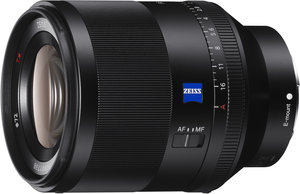Wide F1.4 50mm prime ZEISS<sup>®</sup> lens