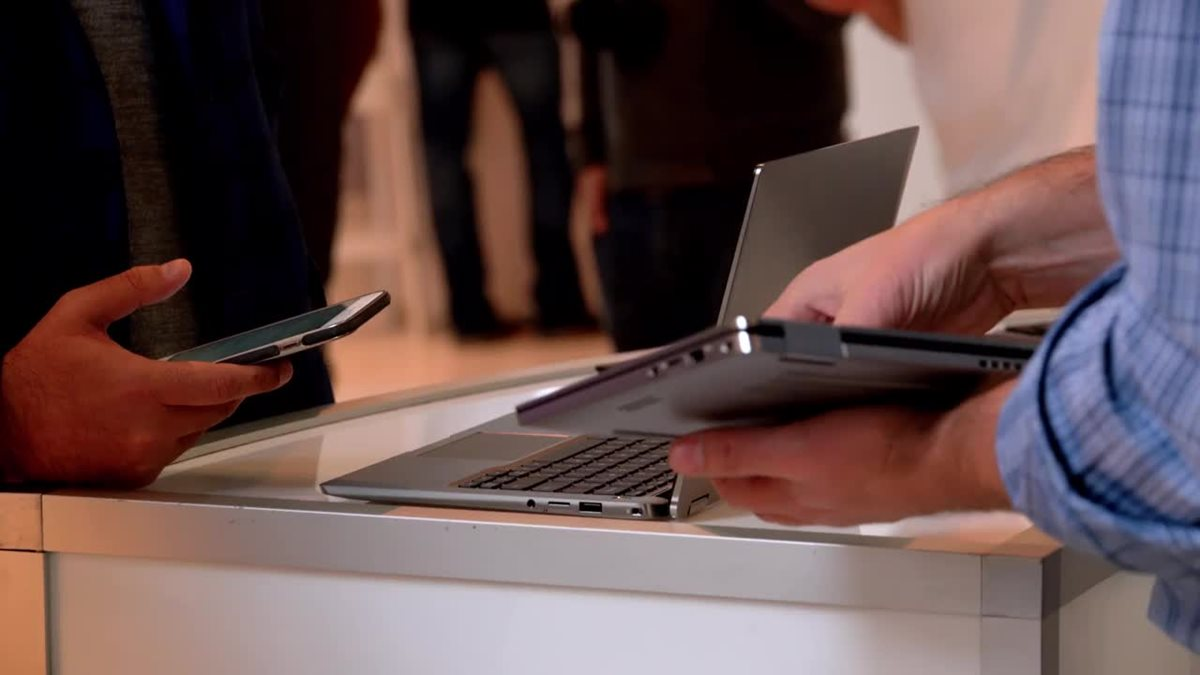 Dell Latitude 7400 2-in-1 Business Laptop